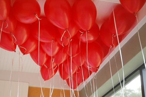 Pen Paper Flowers Ella S Classic Red Ball Birthday