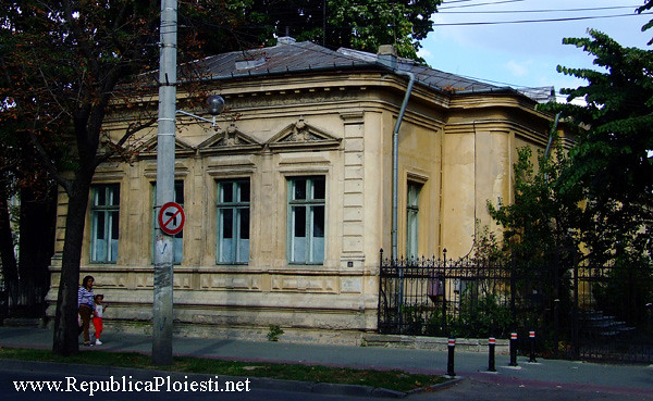 Casa Dobrescu - 1