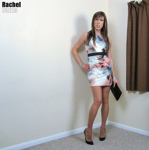 Crossdresser Lola Dangling Her Clear High Heels - Video