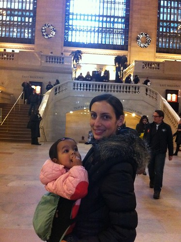Laila and Anna at Grand Central Stationl