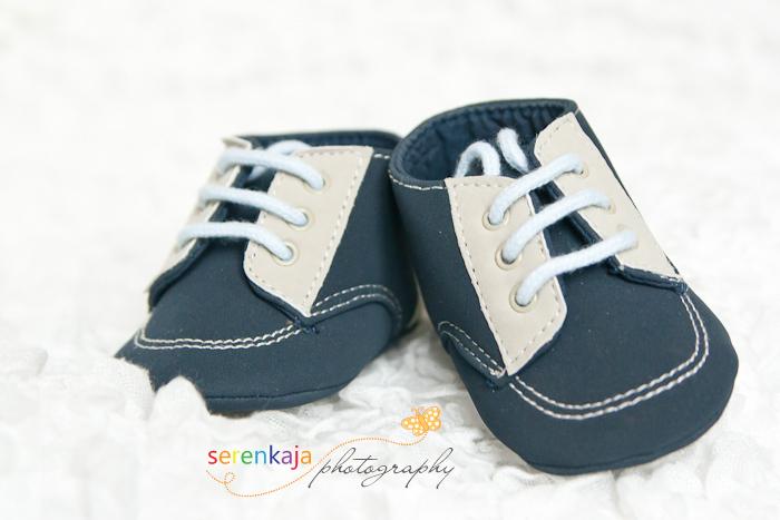 Ботиночки для младенца. Фотографирование новорожденных