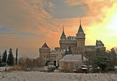 Bojnice Castle Winter Sun (HDR) (johan.pipet) Tags: winter sky sun snow cold castle colors clouds canon landscape gold golden photo europe day experiment slovensko slovakia chilli tamron palo hdr breathtaking hrad postprocessing zamek bartos bojnice greatphotographers zamok bojnick zmok bojnicky abigfave flickraward platinumheartaward breathtakinggoldaward saariysqualitypictures platinumpeaceaward barto breathtakinghalloffame ringexcellence greaterphotographers dblringexcellence bestofblinkwinners