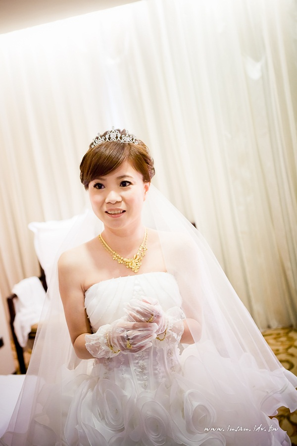 wed101105_0081