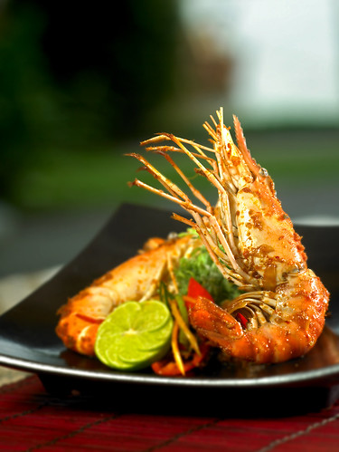 Hibachi river prawns with Thai herbs and red chili sauce
