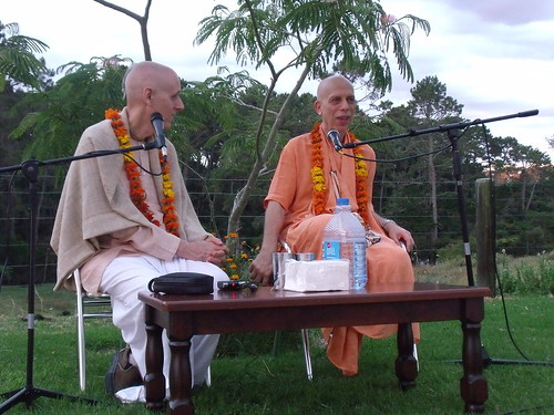 his grace sankarsan das adhikar and his holiness prahladananda swami