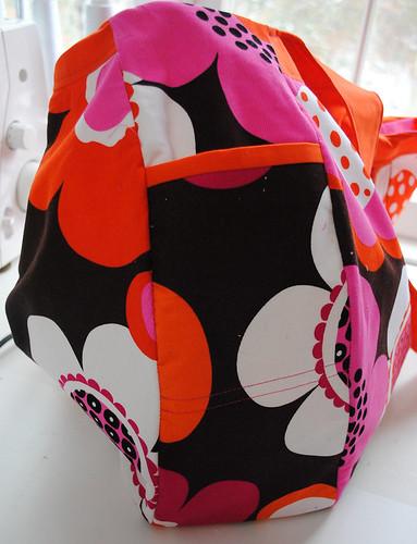 2011 01 11 SS Challenge Cosmo Bag-2