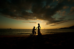 *** (let's fotografar) Tags: wedding sunset pordosol sky praia beach couple cu casamento casal silhueta