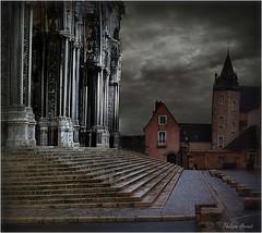 Cathédrale de Chartres 2010 (Philippe Hernot) Tags: cathédrale chartres 28 eureloir beauce france philippehernot carré kodachrome square nikon posttraitement
