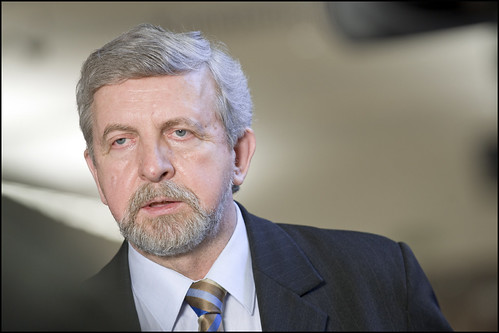 "Belarus: ""Sanction the regime, but open doors to people"", Milinkevich tells Europe"