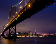 [Free Image] Architecture/Building, Bridge, City/Town, Night View, United States of America, 201101221900