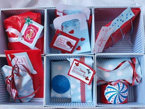 Wrapping ideas in blue and red 2