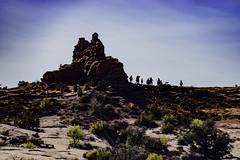 Tourists (Cathy Donohoue) Tags: archesnationalpark cathydonohouephotography moab utah naturephotography redrocks