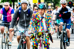 Ride London 2016 - 02 (garryknight) Tags: 2016 freecycle july lightroom london nx2000 ononephoto10 prudential ridelondon samsung bicycle bike cycle