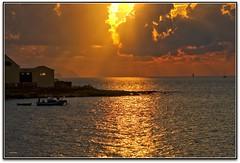 Tramonto (Schano) Tags: picmonkey sonyilce3000 ilce3000 sony3000 sonyemount55210 tramonto sunset paesaggio landscape erice ericemare trapani sicilia italia sole mediterraneo levanzo marettimo scoglioporcelli hdr