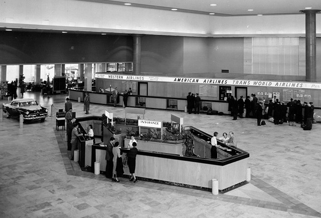 Central Terminal (1957)