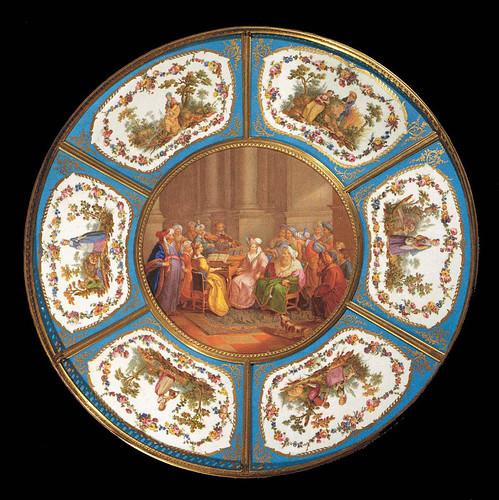 015 –Plato con siete placas de porcelana 1774-Porcelana de Sèvres- Web Gallery of Art--© 2005-2010 Musée du Louvre
