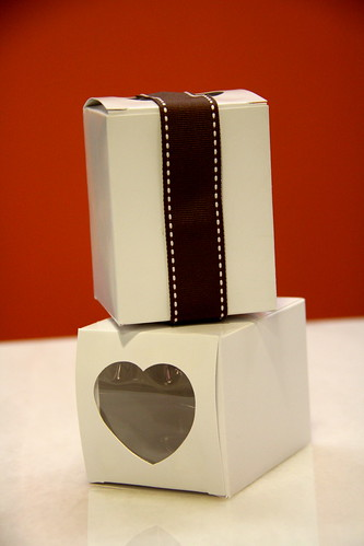 Heart shape cupcake boxes