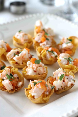 Shrimp & Persimmon Salsa in Toasted Corn Cups Recipe