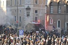 (mkarco) Tags: roma 14 dicembre carabinieri 2010 studenti manifestazione corteo governo camionetta scontri sfiducia