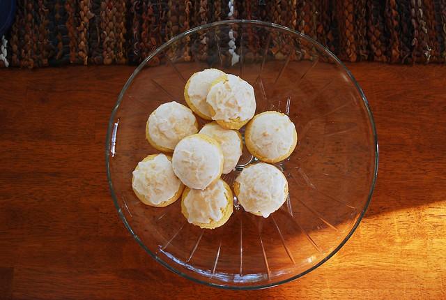 italian lemon cookies.