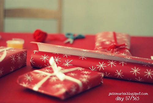 day 87/365 wrapping presents