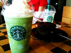 Starbucks Green Tea Frappuccino and Chocolate Cranberry Muffin