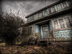 The Little House of Horrors II (Phil Bleau) Tags: chile fiction house texture dark movie ghost haunted spooky sanjuan scifi horror terror hdr abandonned chiloé olympuse30 zuico918mm
