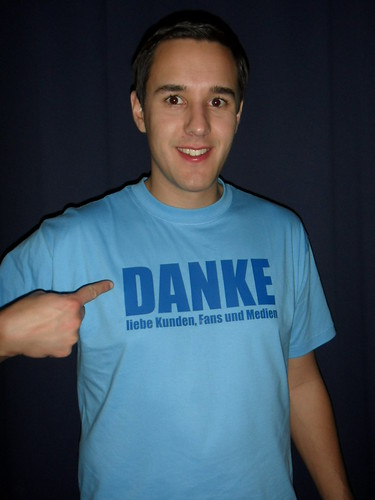 [foto ich trage ihr tshirt] Sent you a message!