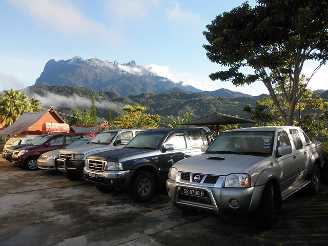 morning travel terrain foothills mountain holiday cars beautiful silver interior pickup places automotive front hills vehicles jungle malaysia tropical greenery parked geography range forests sabah ridges destinations temperate fordranger nissanfrontier northborneo bundutuhan thienzieyung