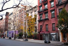 New York's East Village (by: Teri Tynes, creative commons license)