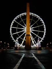 Obélisque et Astérisque @ Place de la Concorde, Paris | France (fabiengelle) Tags: city light paris france wheel night grande place champs concorde capitale elysees nuit élysées roue asterix obélisque parisbynight obélix lumixlx3 astérisque