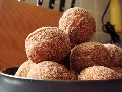 Cinnamon Sugar Doughnuts Holes