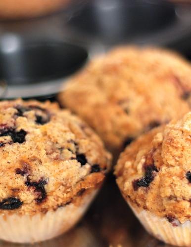 mustikamuffinid/blueberry muffins