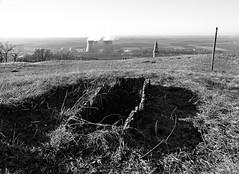 Ncropole de Larina - Isle Crmieu - Isre (Vaxjo) Tags: france ruins 38 ruines vestiges isre rhnealpes ncropole sitearchologique hautmoyenge burgonde islecrmieu plateaudelarina