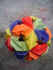 DSC08884 (agus_oni53) Tags: blue red orange verde green yellow azul star rojo origami amarillo modular naranja estrella modulo kusudama