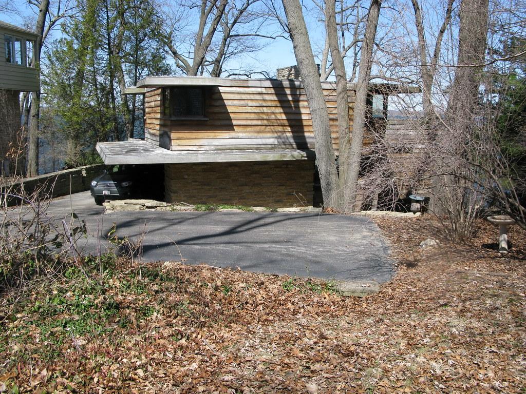 Pew House - 3650 Lake Mendota Dr., Madison, WI