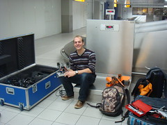 Disassembling TUlip at the check-in hall @ schiphol (Dutch Robotics) Tags: dutch robot soccer tulip robotics humanoid tudelft robocup farnell dutchrobotics