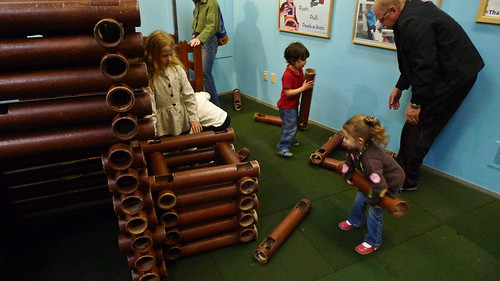 Lincoln Logs Pics. Giant Lincoln Logs