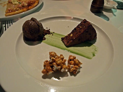 Dark chocolate parfait&caramel popcorn@Era