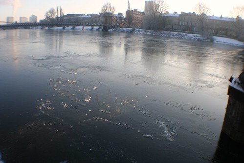 Ice Sheet on River Clyde