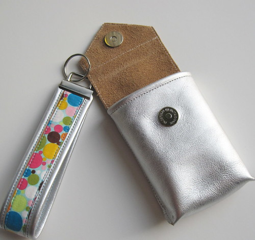 silver gadget case and fob