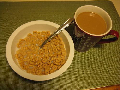 apple cinnamon cheerios and coffee