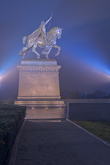 Statue, Apotheosis of Saint Louis, at the Saint Louis Art Museum, in Forest Park, Saint Louis, Missouri, USA - view at night