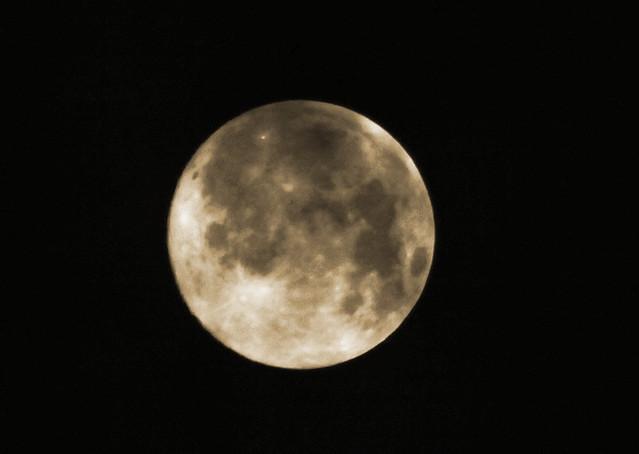 one night before full moon