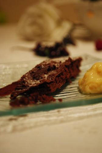 Café gourmand : Gâteau au chocolat à base de tofu & sa crème pâtissière