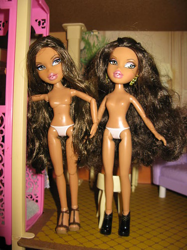 Bratz Yasmin party & basic
