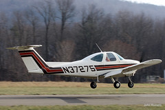 Skyhaven's New Trainer (John. Romero) Tags: plane canon airplane photography fly flying photo airport model general aircraft aviation air flight skipper landing machines 1980 takeoff 77 skyhaven beech tunkhannock n37275