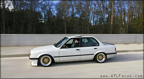 1990 325i Sedan E30 Alpine White Weiss Rolling Stanced Gold Bbs Rs 1