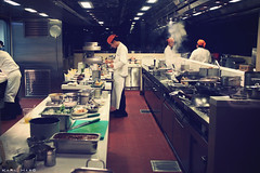 Kitchen at east (Karl Hab) Tags: new light summer kitchen canon eos hotel asia pacific mark smoke guys east hong kong tai ii karl 5d around effected hab 2010 koo prepared