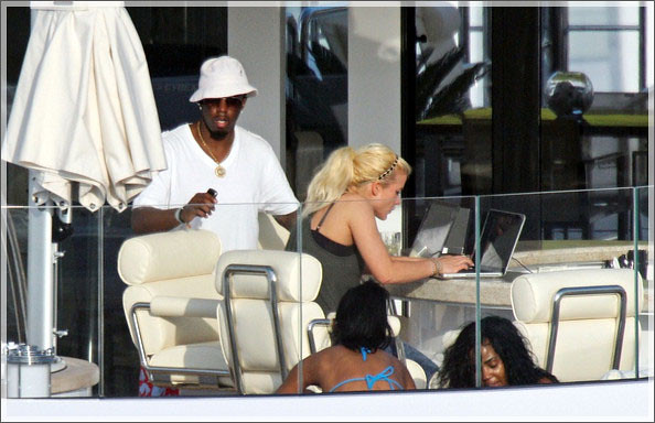 sean-combs-kim-porter-in-st-barths-1